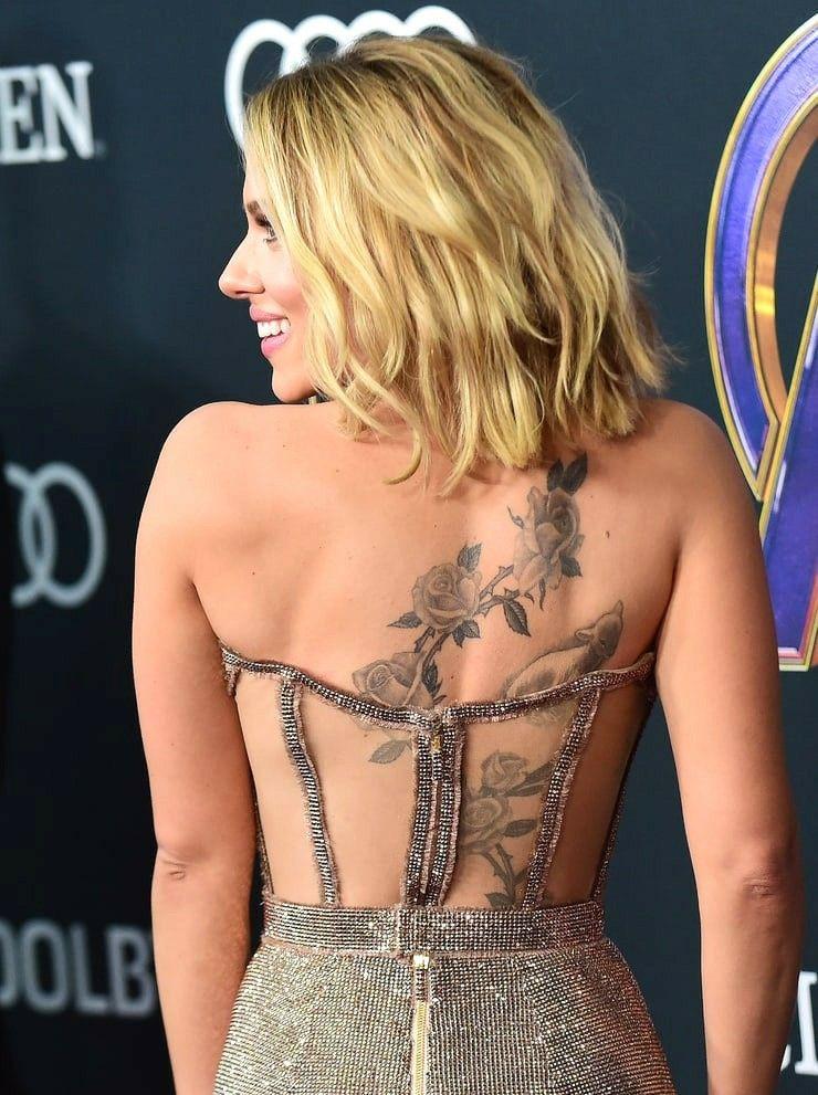 Scarlett Johansson Show Back Tattoo Hollywood Actress Scarlett Johansson Scarlett Johansson Tattoos Scarlet Johansson
