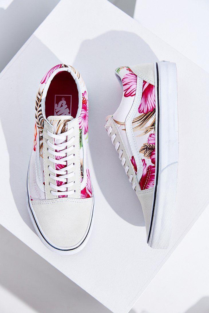6292a4686f Vans Hawaiian Floral Old Skool Sneaker - Urban Outfitters