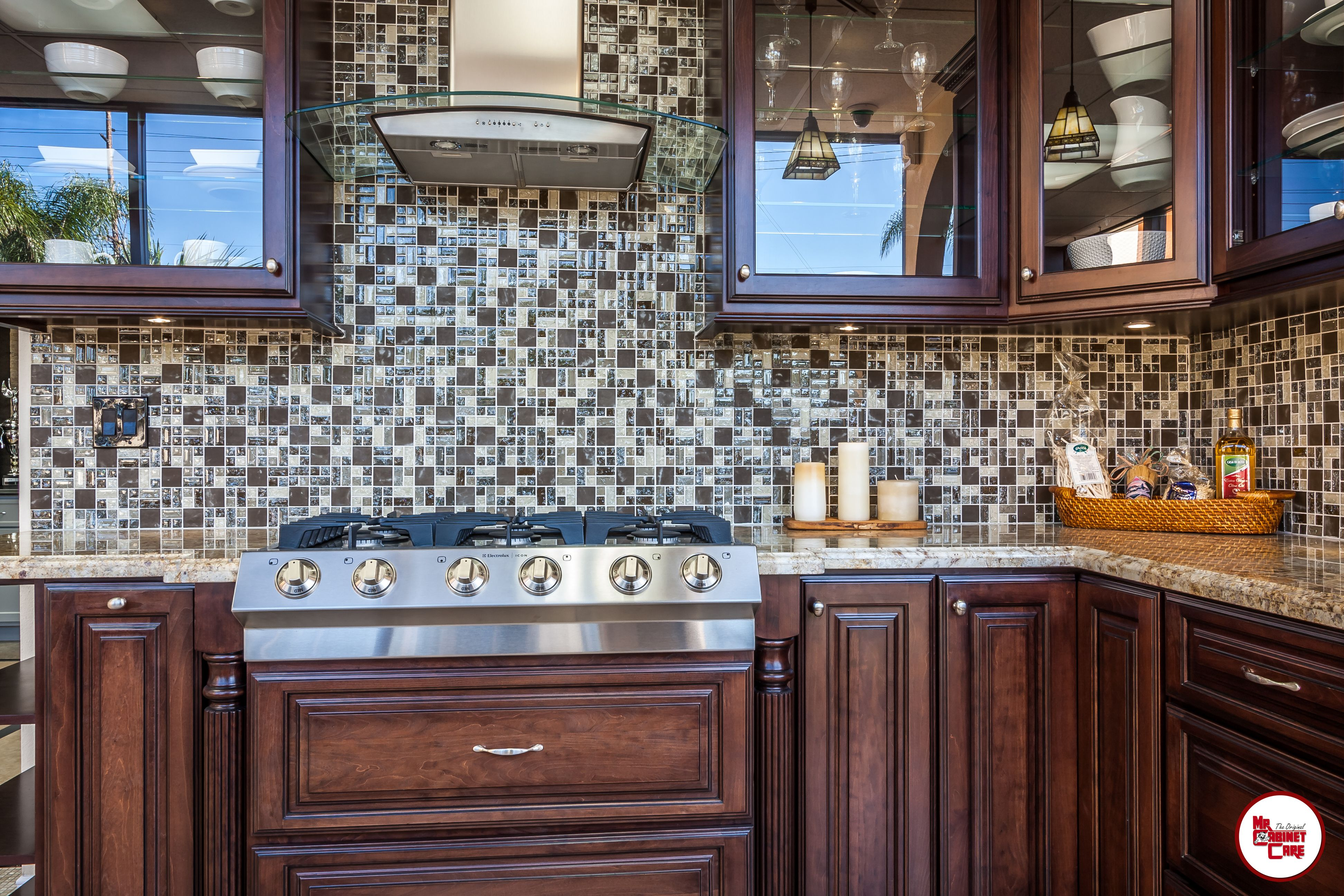 Visit Our Showroom In Person And Discuss Your Design Ideas With One Of Our Consultants Kitchenremodeling Kitchen Cabinets Kitchen Remodel Kitchen Design