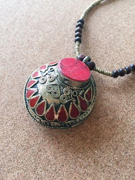 www.paigeofstyle.com #accessories #style #boho #redjasper #necklace #groundingstone