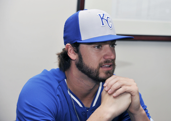 Brandon Finnegan gives ALCS Game 4 tickets to 'broke Royals fan' over Twitter