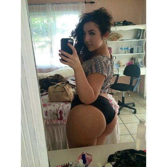 Rosie Huntington Whiteley Porn