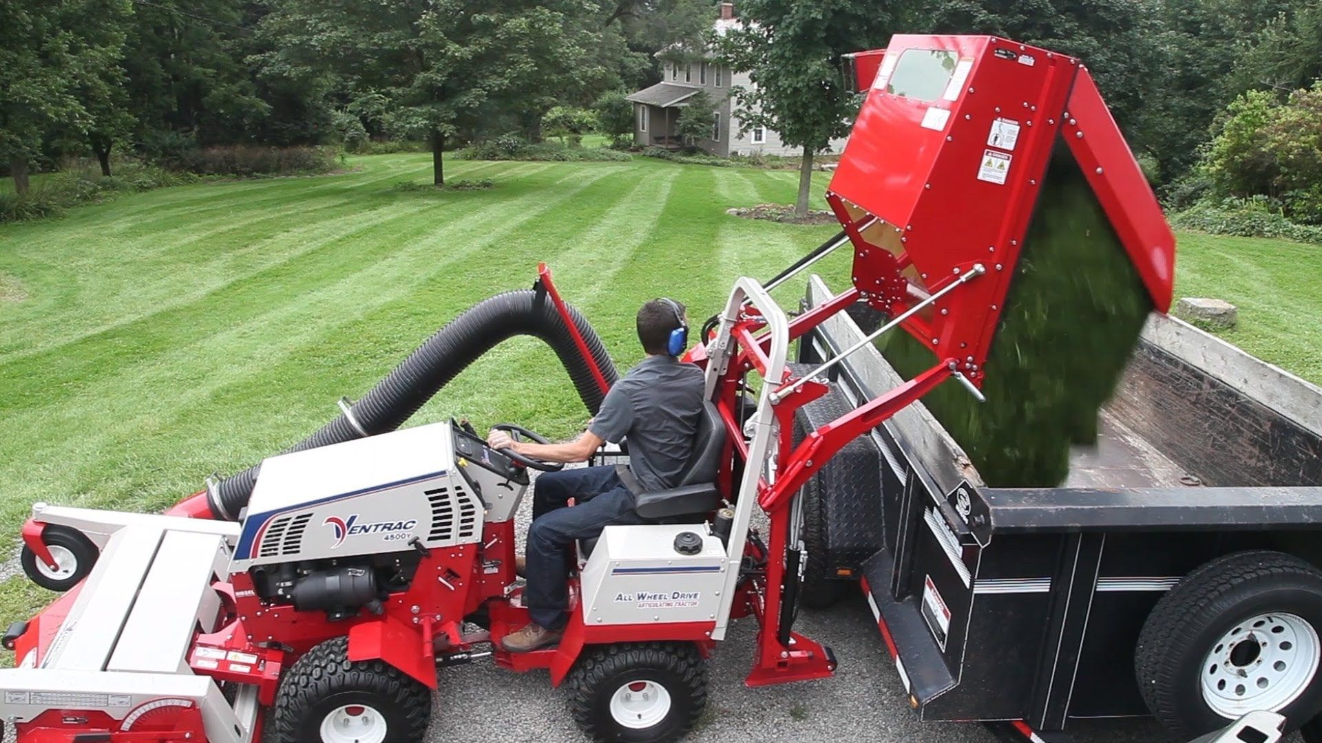 The Ventrac Rv602 Vacuum Collection System Makes Quick
