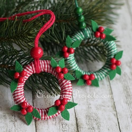 Craft Project For Christmas Mini Wreath Ornaments Christmas Ornament Crafts Christmas Crafts Christmas Ornaments Homemade