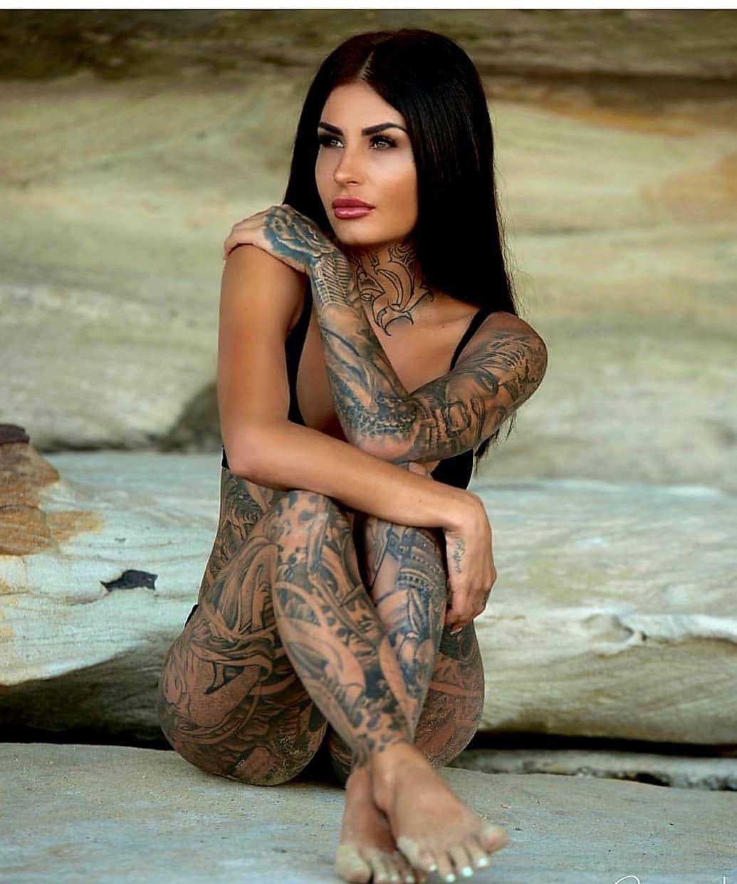Pin by Loren Beesley on Beautiful | Hot tattoo girls