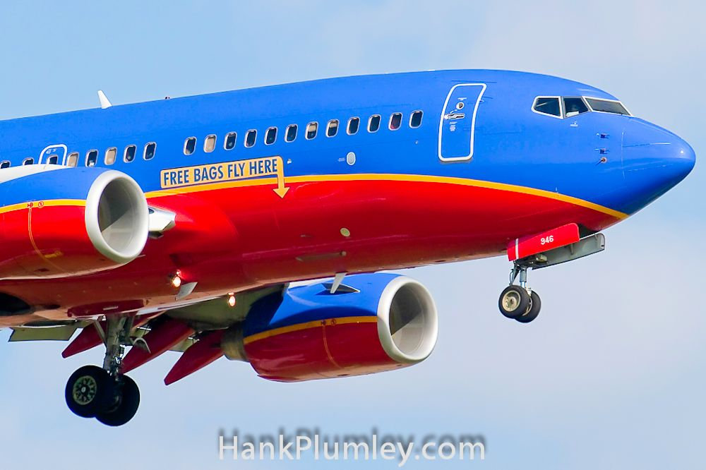Free Bags Fly Here Southwest Airlines Boeing 737 On Roach