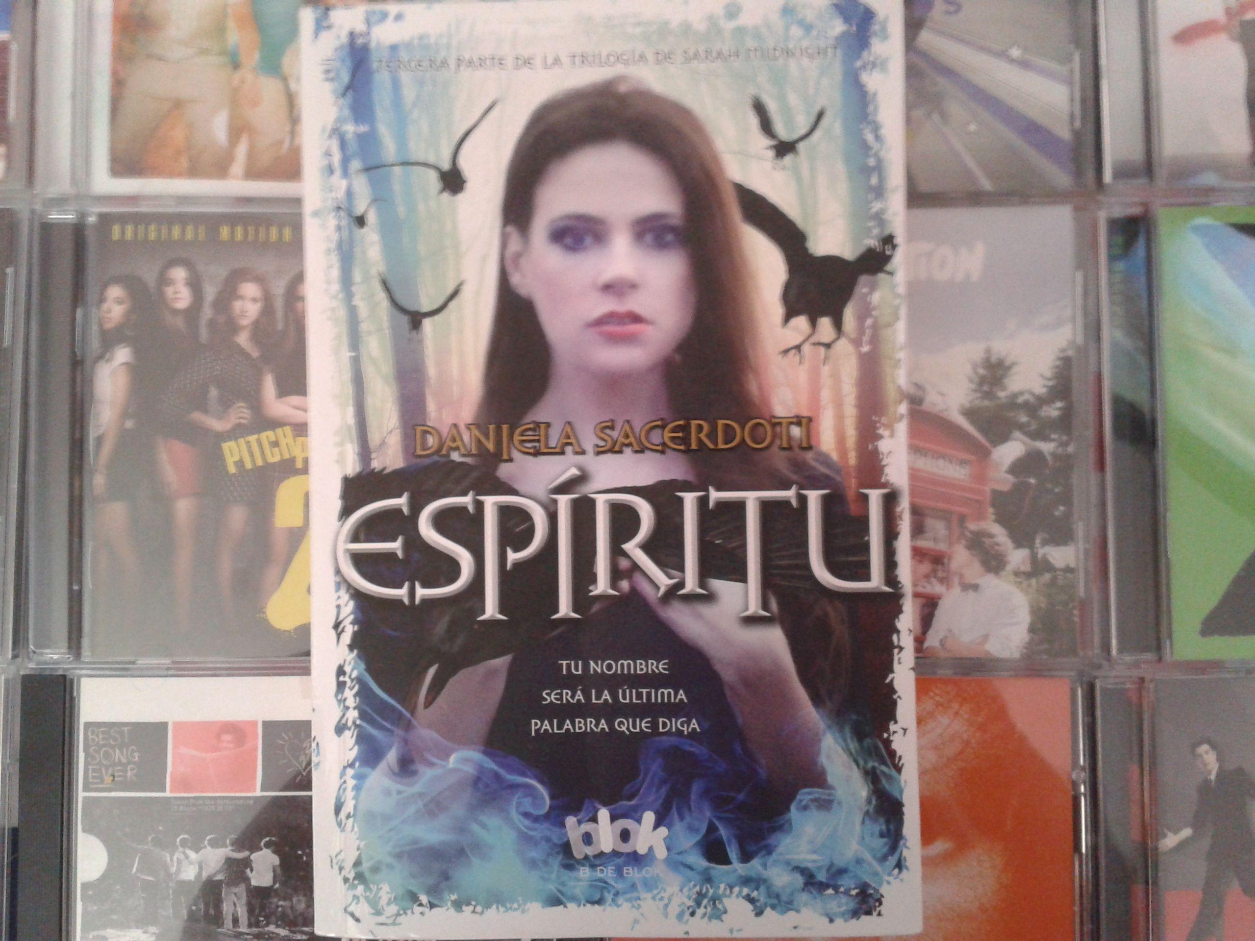 """Espíritu"" escrito por Daniela Sacerdoti"