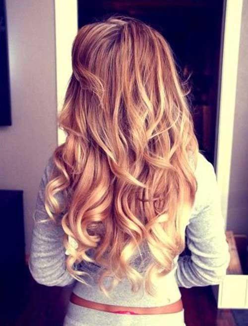 Hübsche Mädchen Mit Lockigen Frisuren