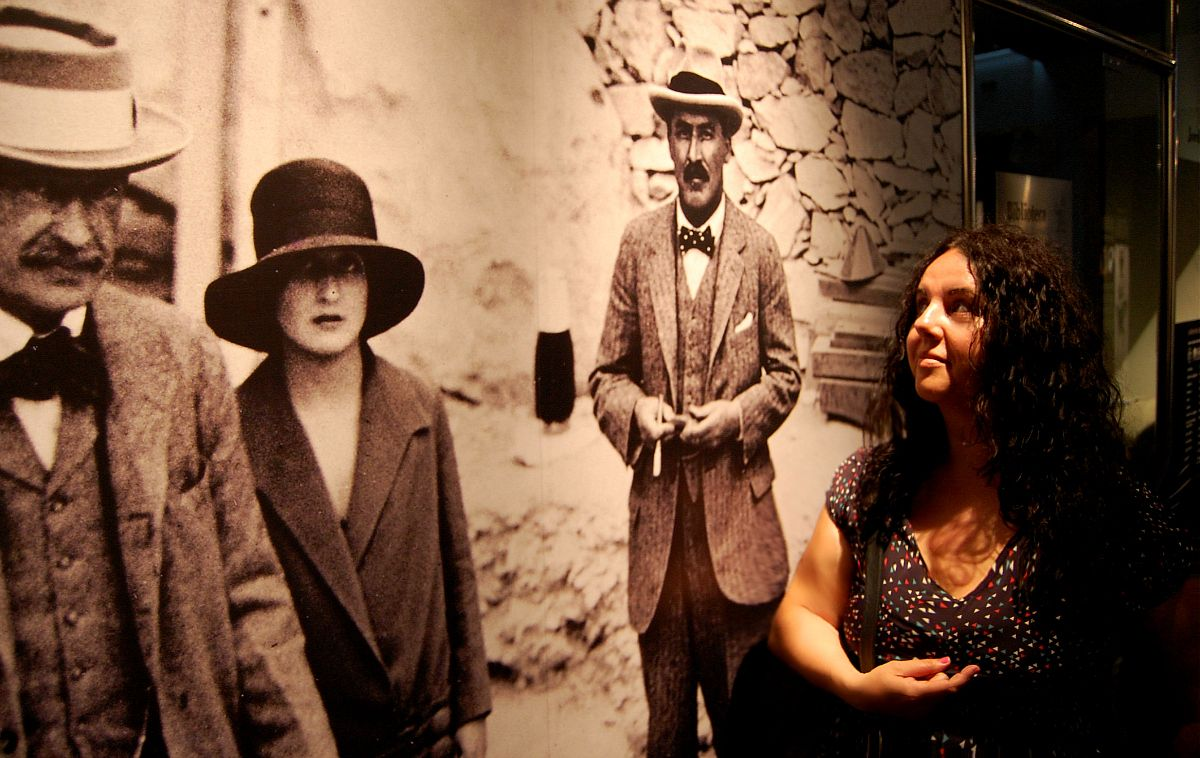 Howard Carter, Lord Carnarvon y su hija Lady Evelyn Herbert