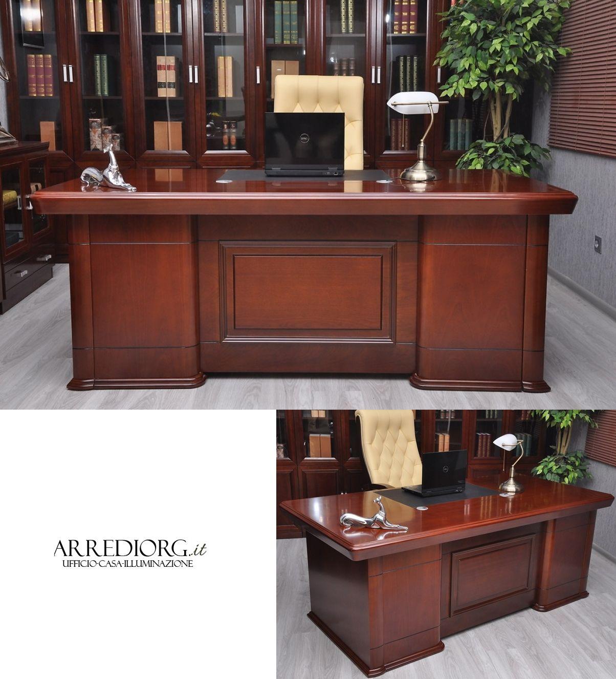 Scrivanie pregiate, sedie, preziose librerie per un ufficio classico dallo stile inconfondibile. Pin Su Mobili Per Ufficio Classico