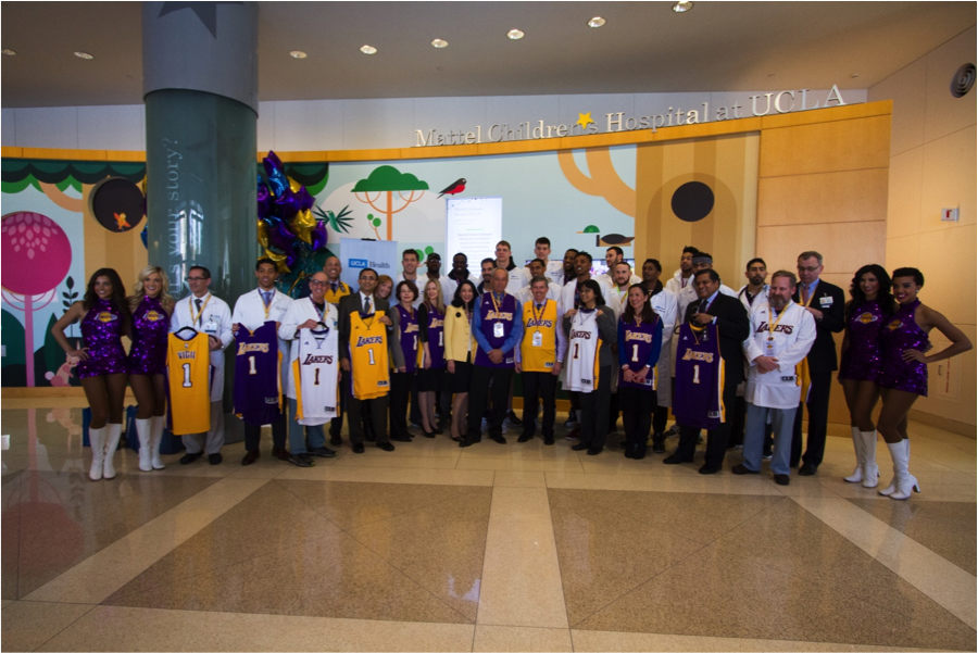 To celebrate their new partnership, the Los Angeles Lakers came to