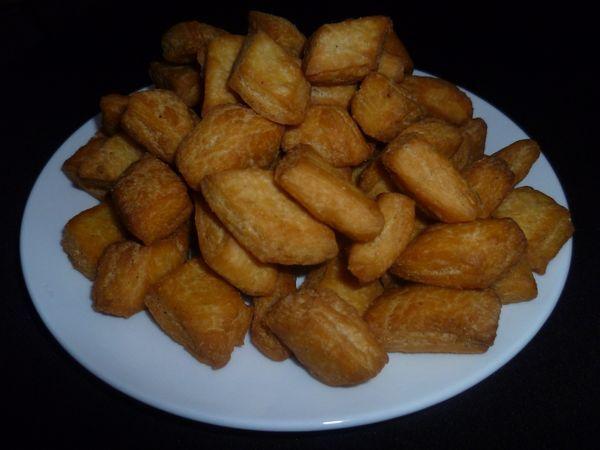 Niecey's blog: Grey and Orange Wedding Flower Girl Basket ... |Somali Wedding Food