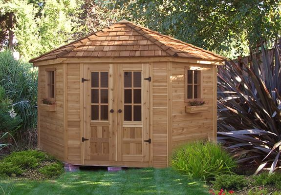 9 X 9 Penthouse 5 Sided Cedar Garden Shed   PEN99