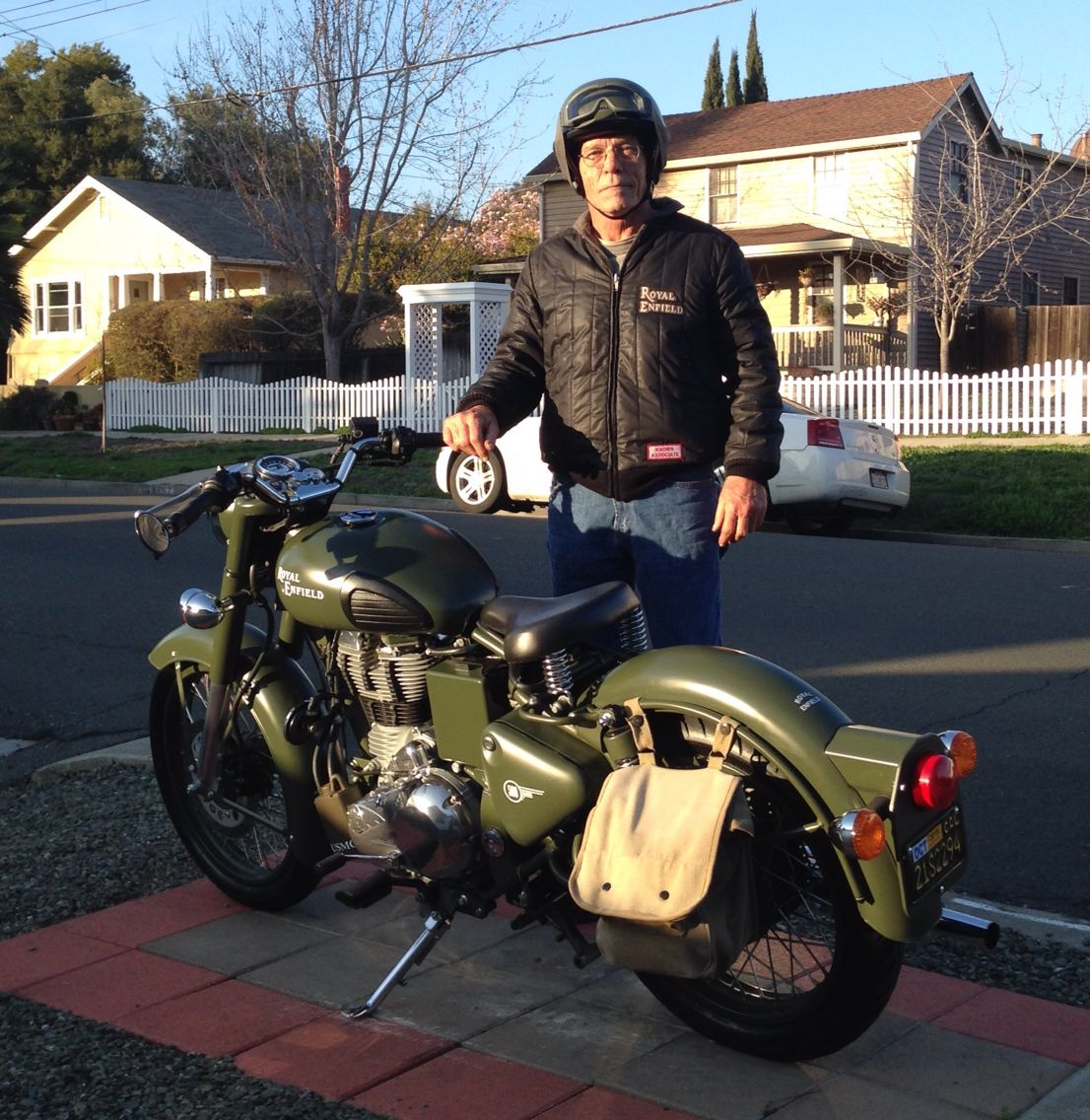 Bell Rogue Army Green Helmet Matches The Classic 500 Military Green Perfectly Royal Enfield Modified Enfield Classic Classic 350 Royal Enfield