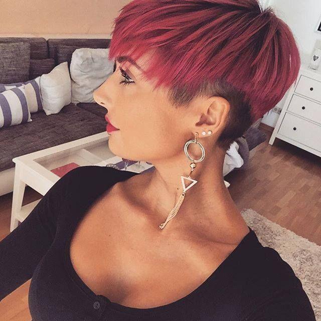 Krótkie Czerwone Włosy Wygolone Boki Fryzury W 2019