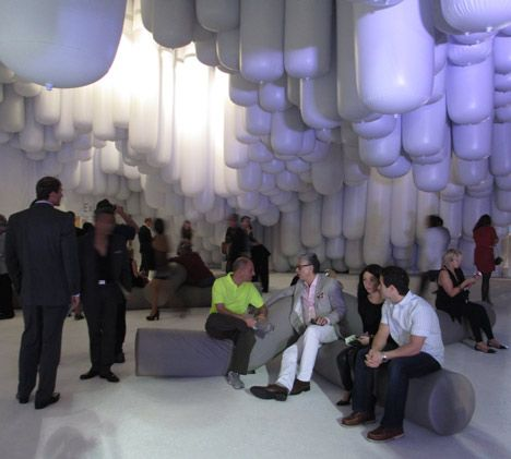 Inflatable Sausages Were Bundled Together At Different Heights To Create A Shaded Social Space At The Entrance Of The Design Mi Miami Design Design Inflatables