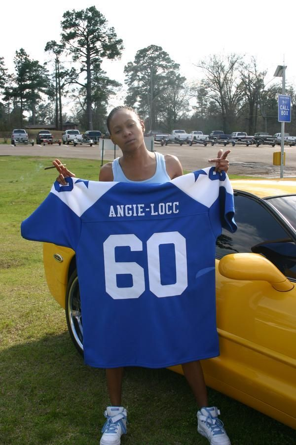 Rollin 60s Gang Signs | ANGIE LOCC ROLLIN 60's NHC in CRIPS IN THE