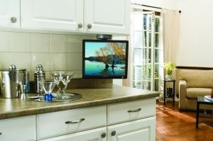 Tv Under The Cabinet On The Kitchen Tv In Kitchen Small Kitchen Tv Kitchen Cabinets