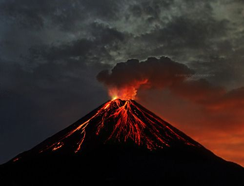 Arenal Volcano In Spanish Volcan Is An Active Andesitic Stratovolcano North Western Costa Rica Around 90 Km Northwest Of San Jose