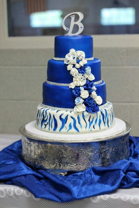 Royal Blue And Zebra Stripe Wedding Cake Cake Ideas Royal Blue