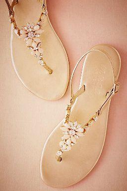 Liria Sandals