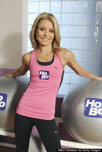 Kelly Ripa In Workout Wear Caitlyn And Caroline Get An A
