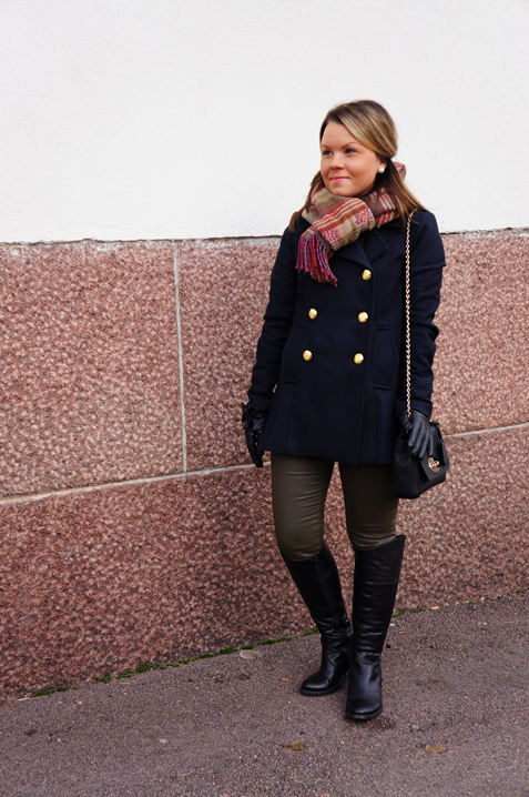 Nanne: Outfit with new statement necklace