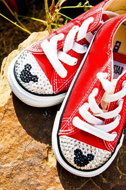 Adults Minnie and Mickey Mouse Style White Crystal Converse in 2019 ... 372d3c474