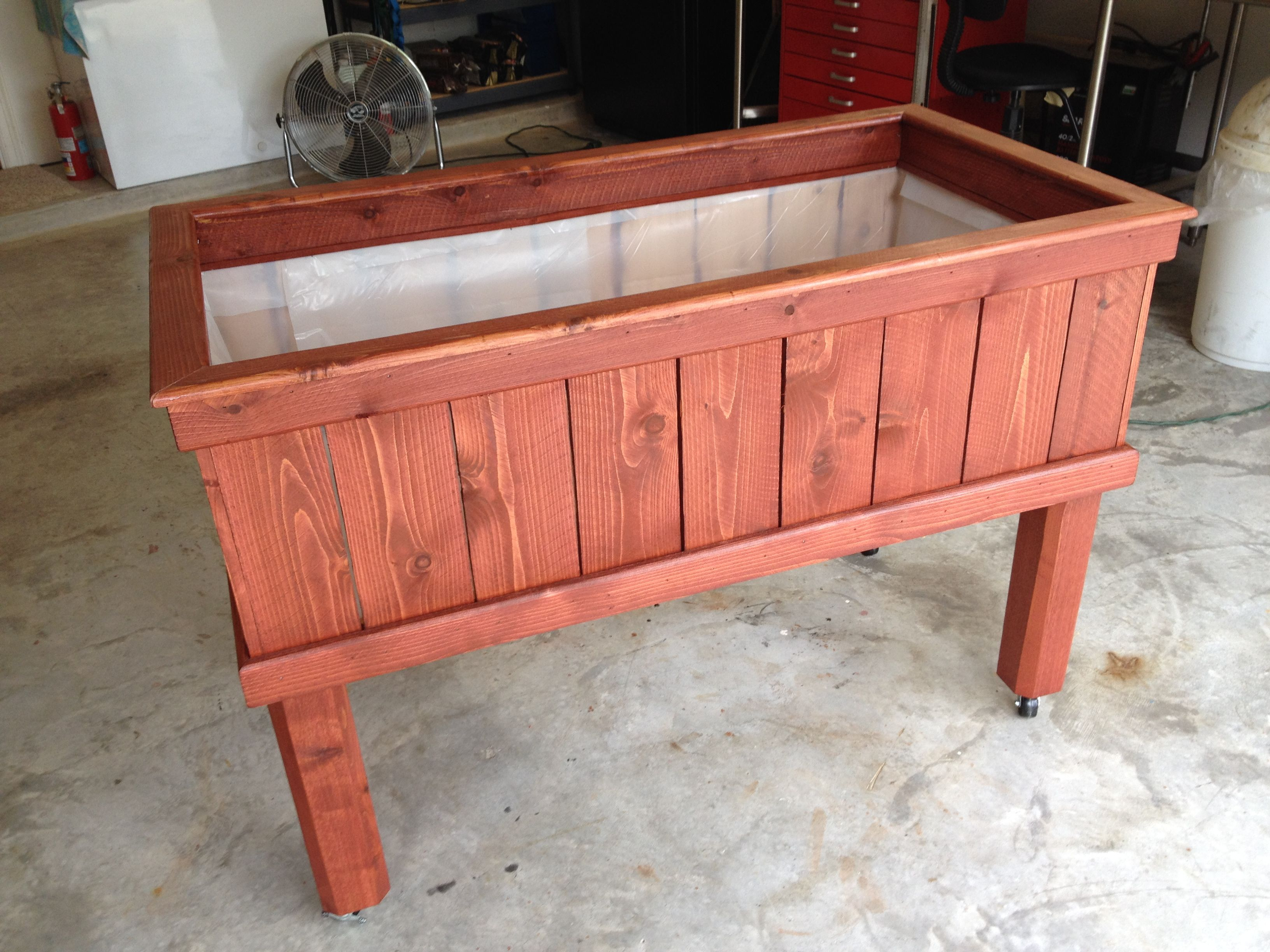 Finished Planter Box   Waiting For Trellis. Legs Have Caster Wheels So It  Can Be