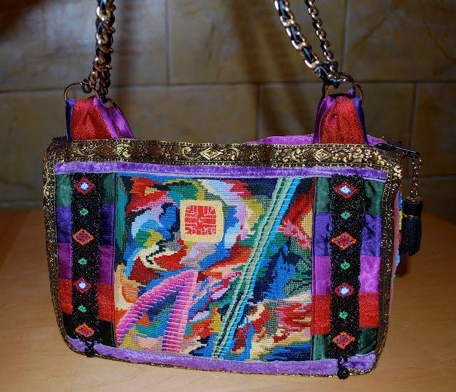 (*Minä-Teen itse*: Ristipisto-helmi-laukku) needlepoint and mixed styles handgraft bag