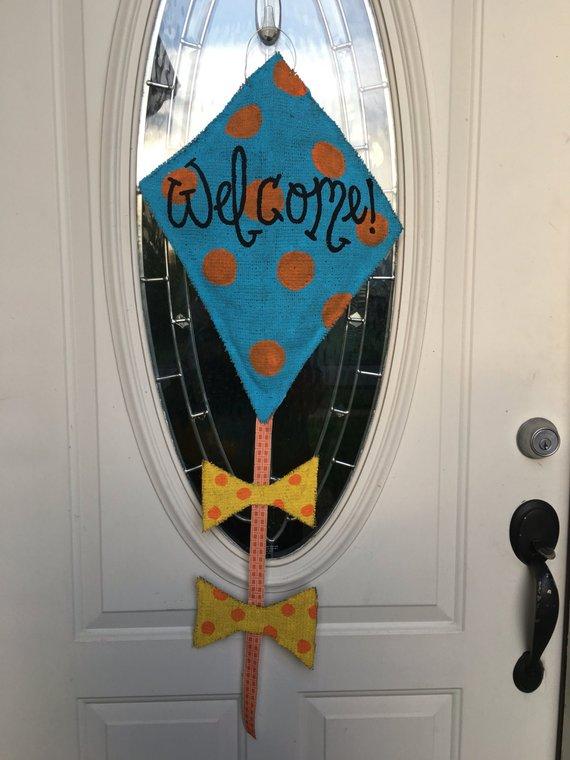 Summer Door Hanger Welcome Door Hanger Summer Wreath Welcome Door Hanger Kite Welcome Sign In 2020 Painting Burlap Pumpkin Door Hanger Recycled Plastic Bags