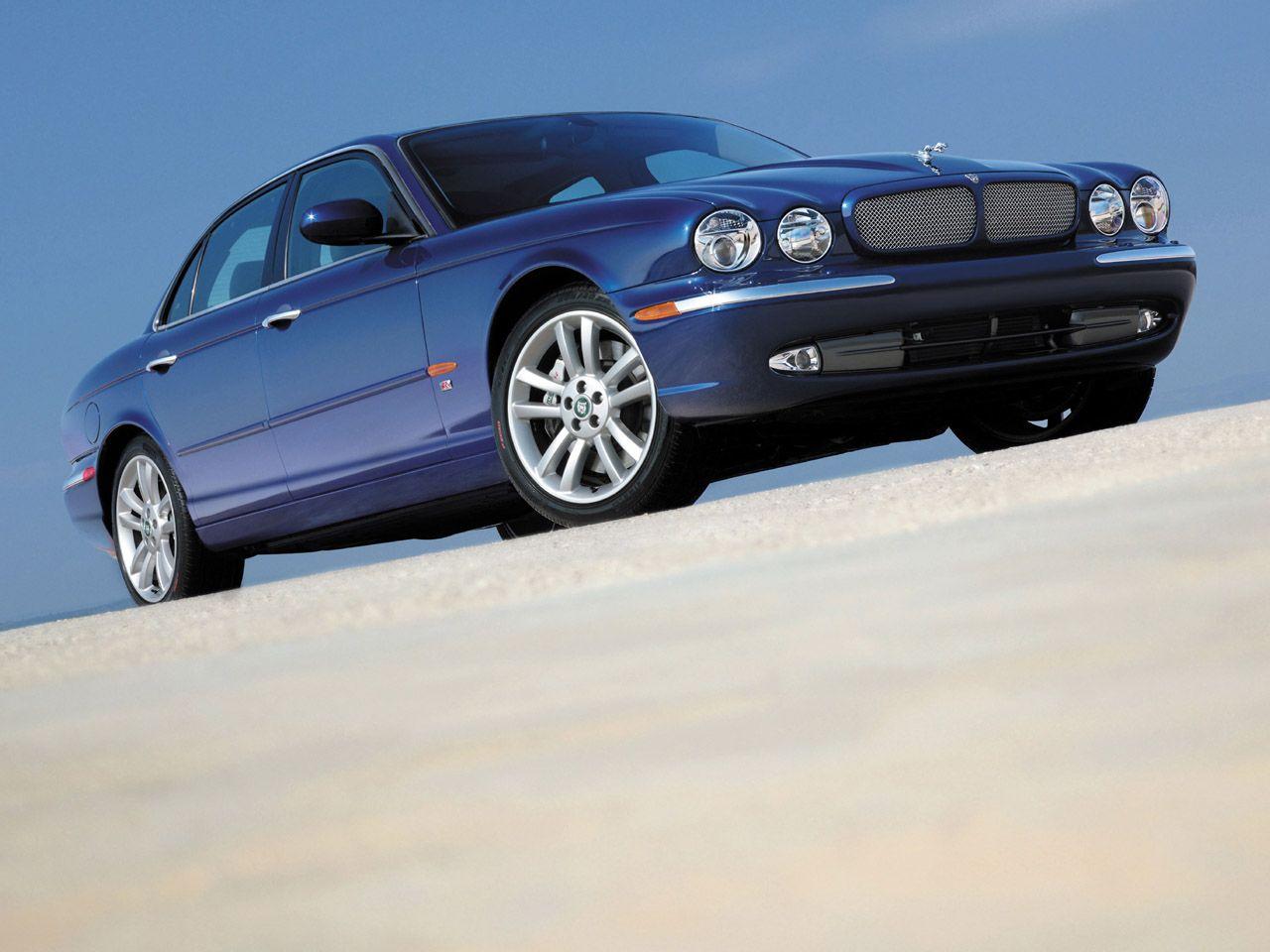 2004 jaguar xjr blue