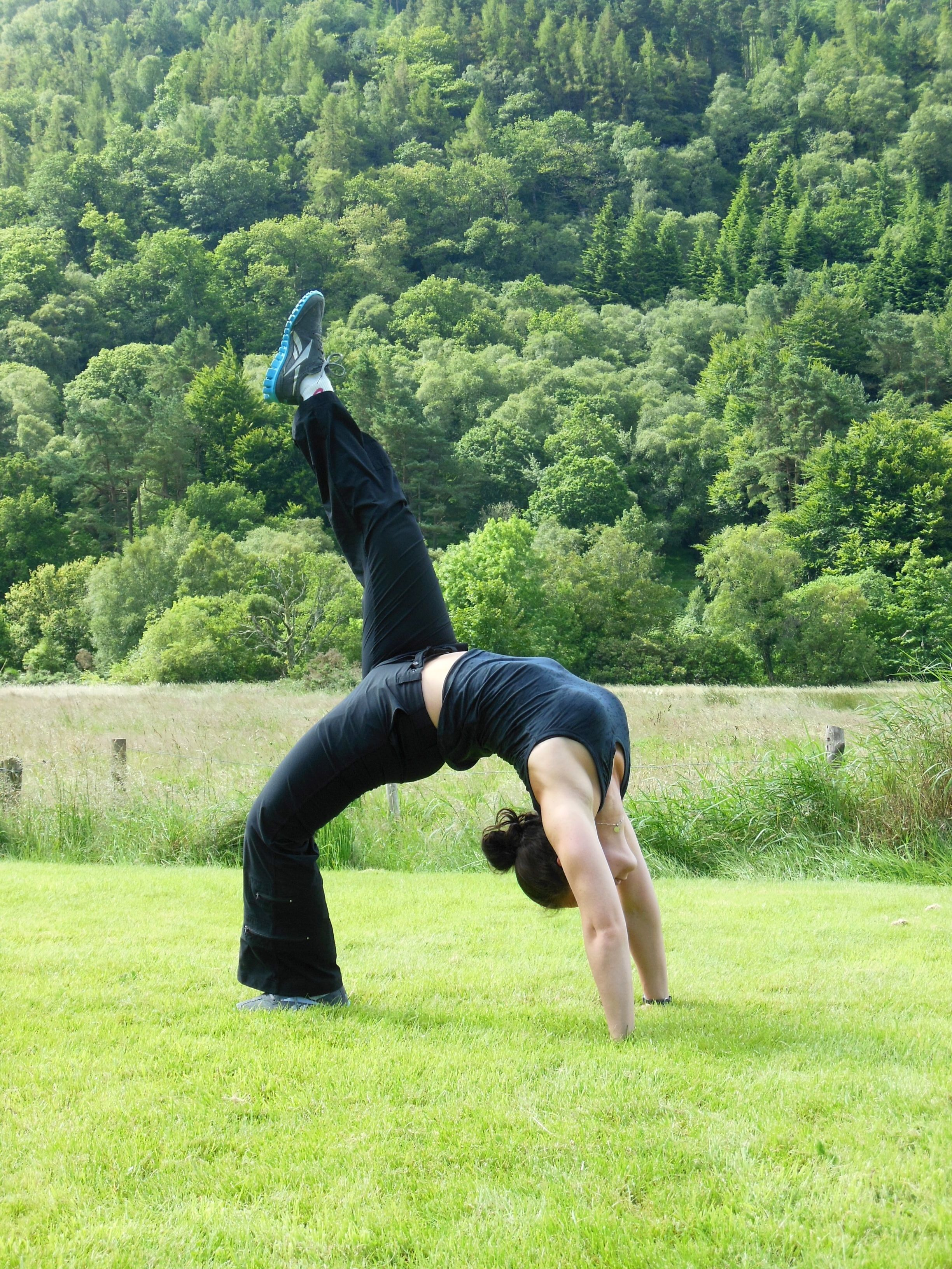 Me Doing Yoga In Ireland I Am Wearing Anatomie Travel Clothing For