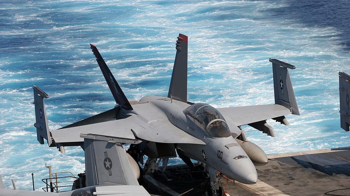 f-18 hornet folded wings wallpaper 773   airplanes and helicopters