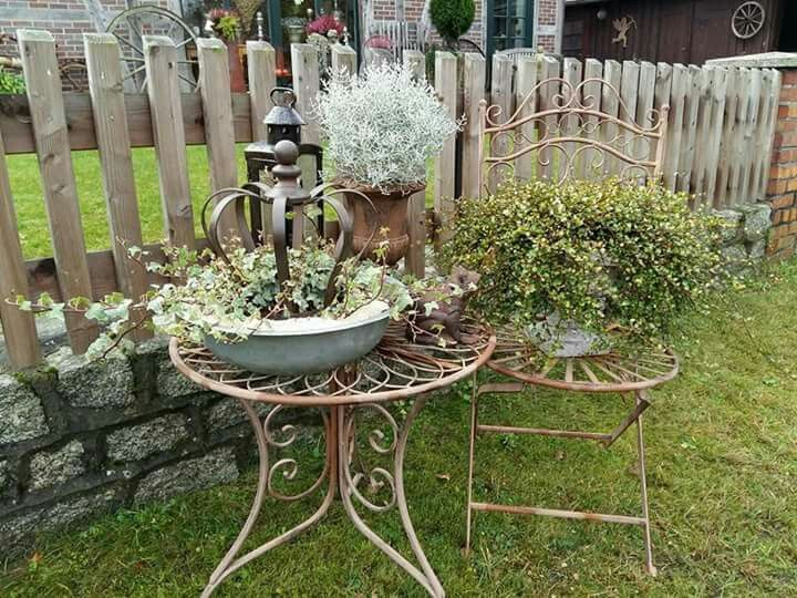 shabby chic im garten garten garten garten deko und garten ideen. Black Bedroom Furniture Sets. Home Design Ideas
