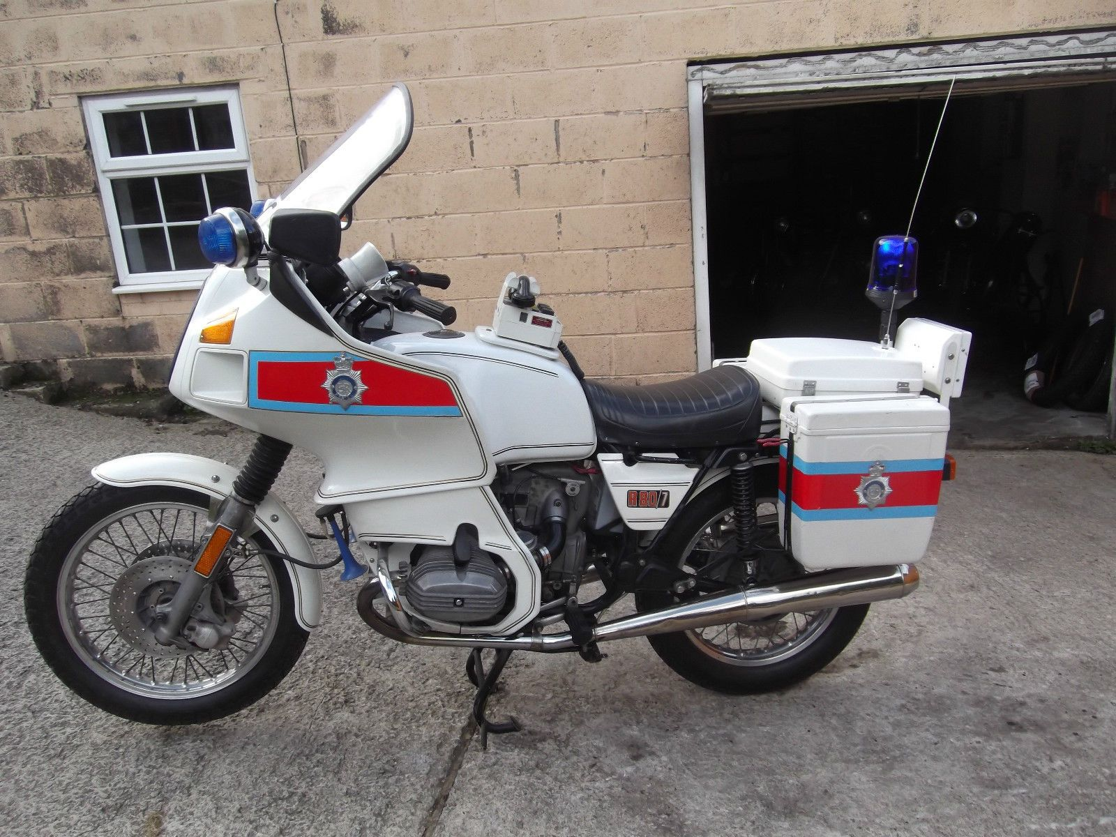 1979 bmw r80 ex-police motorcycle. 800cc. restored, good runner