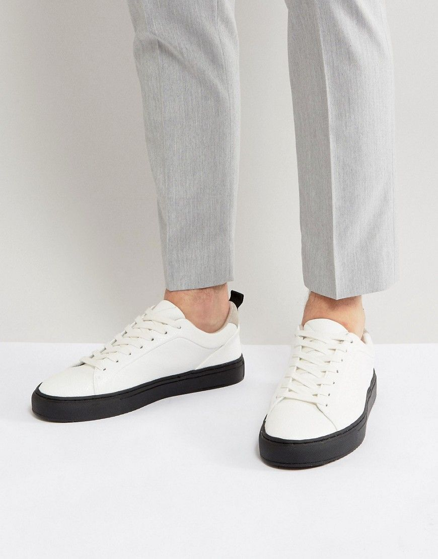 White With Contrast Black Sole