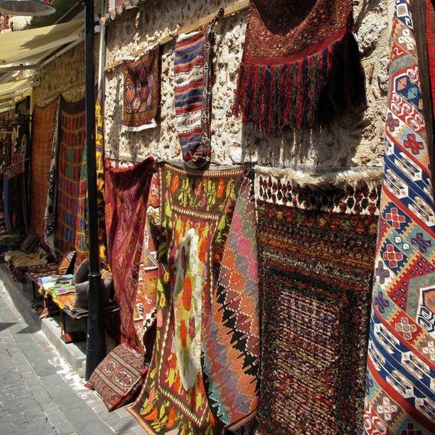 Antalya, Antalya, Turkey - Turkish Carpets for sale..inexpensive...