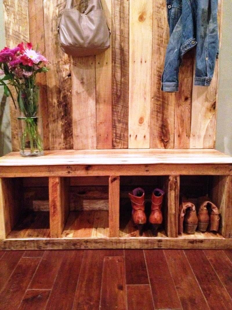 Diy wood pallet hall tree with images entryway bench