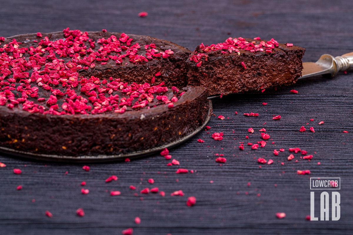 Low-Carb+Dark+Chocolate-Raspberry+Fudge+Tart