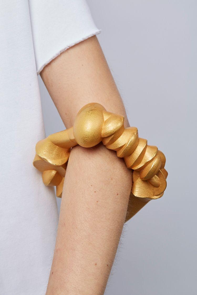 Beate Eismann. Bracelet: Gebein (bones), 2010. 3D-construction, fine ...