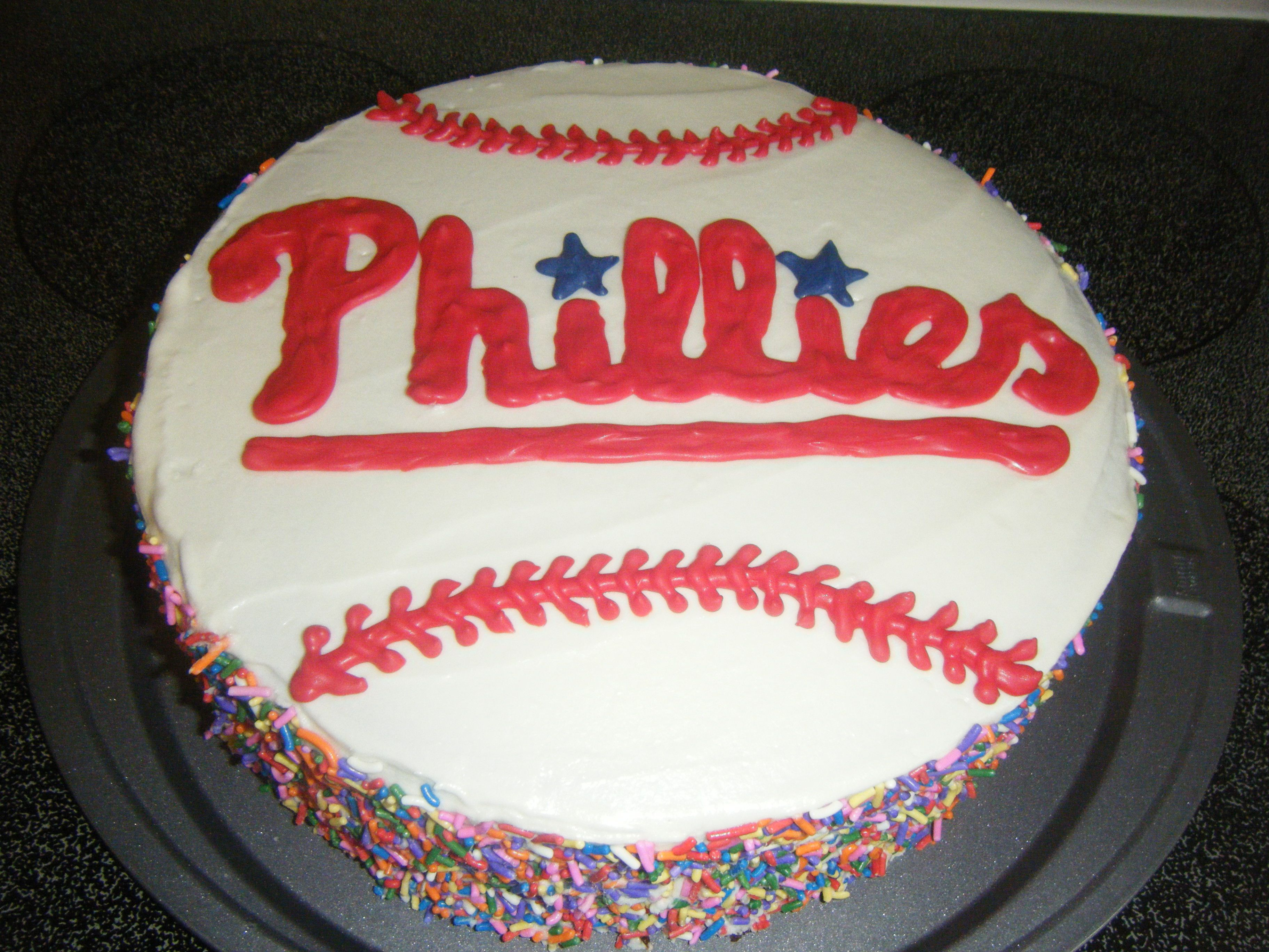 Surprising Phillies Cake With Images Cupcake Cakes Baseball Theme Funny Birthday Cards Online Necthendildamsfinfo