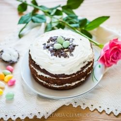 Chocolate Easter pineapple cake with the easiest cream cheese icing (in Romanian)