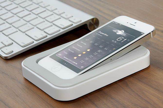 Saidoka is a horizontal docking station for the iPhone 5/5S | Dock ...