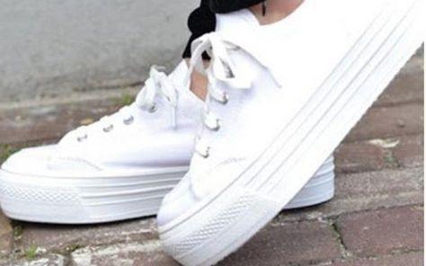 Tirar mancha de ténis branco | Como lavar tenis branco