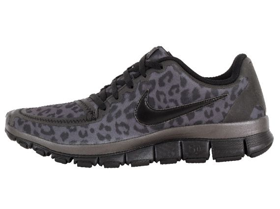leopard nikes? yes please!