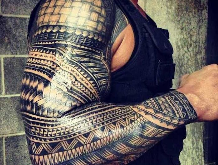 Tatouage Maorie Avant Bras Homme Dessin Maori Symbole Polynesien