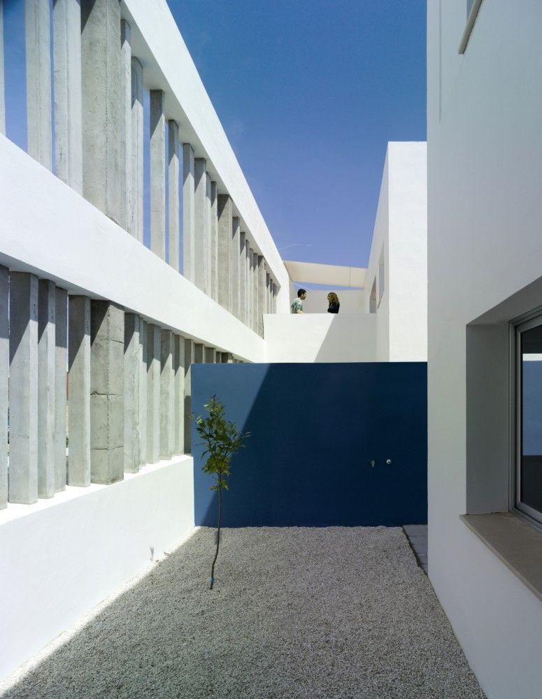 26 Viviendas en Umbrete / Gabriel Verd Arquitectos