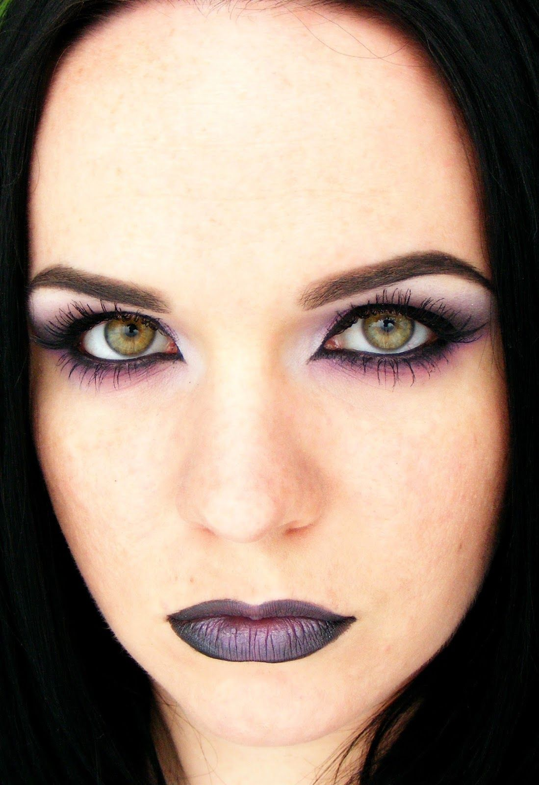 Every woman can be beautiful Pastel goth