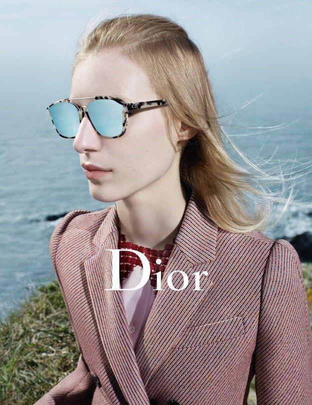b452b056f5f8 Julia Nobis for Dior AW15